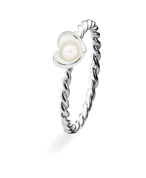 Sterling silver Spinning ring with freshwater pearl.