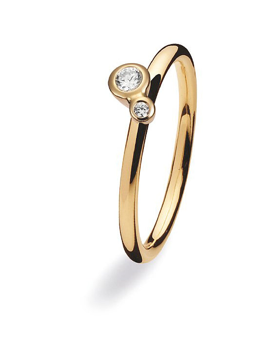 9 carat gold ring with a setting of two cubic zirconias