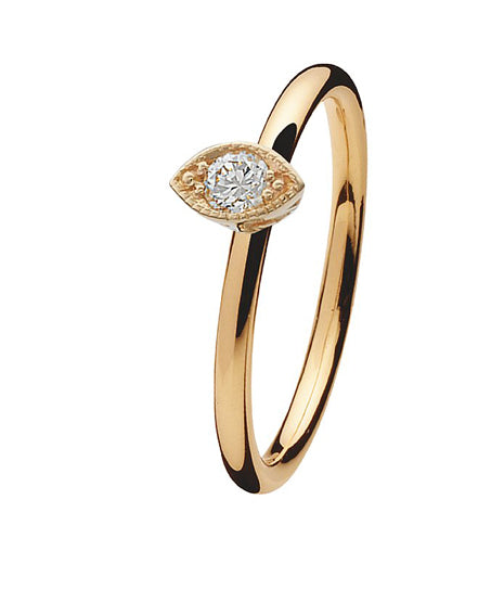 9 carat gold ring with eye shaped cubic zirconia setting