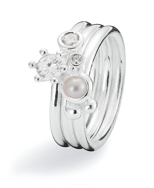 Sterling silver ring combination featuring cubic zirconias and freshwater pearl