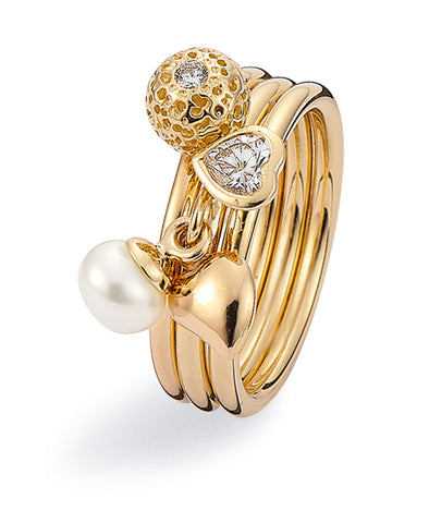 9ct gold ring combination featuring heart cubic zirconia and freshwater pearl