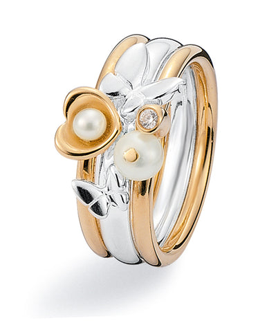 Ring combination with 9 ct gold, sterling silver, cubic zirconia and freshwater pearls