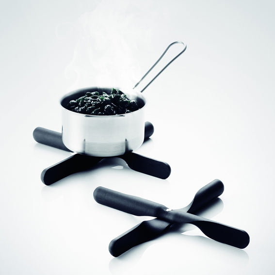 Menu Propeller Trivet, black