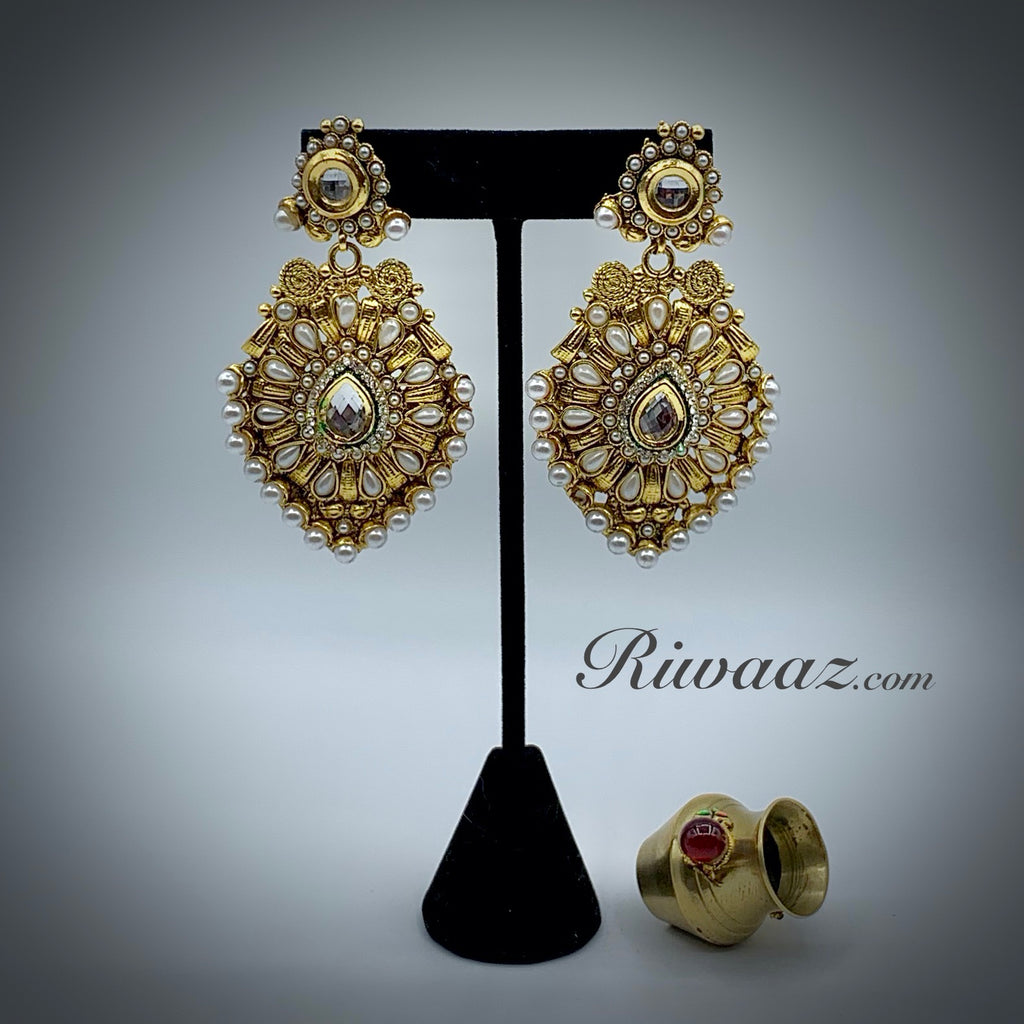 Earring RE212
