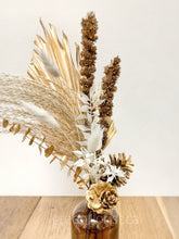 Load image into Gallery viewer, Cleopatra - Dried Arrangement