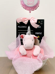 New baby gift basket for Girl