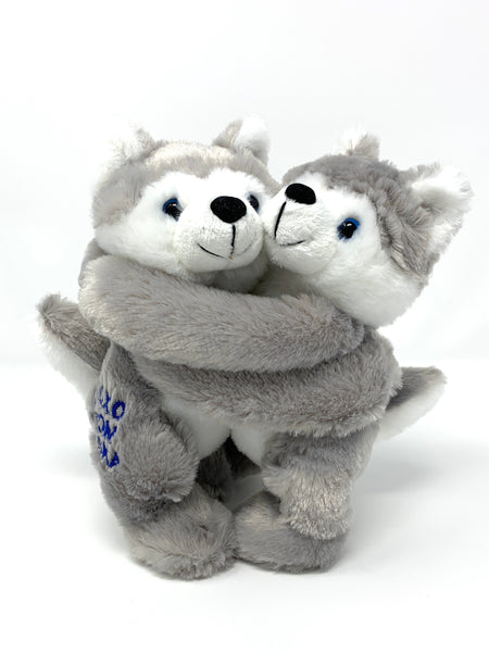 "10"" Hugging Huskies"