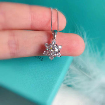 1.00ct Diamond Star Pendant Silver Necklace