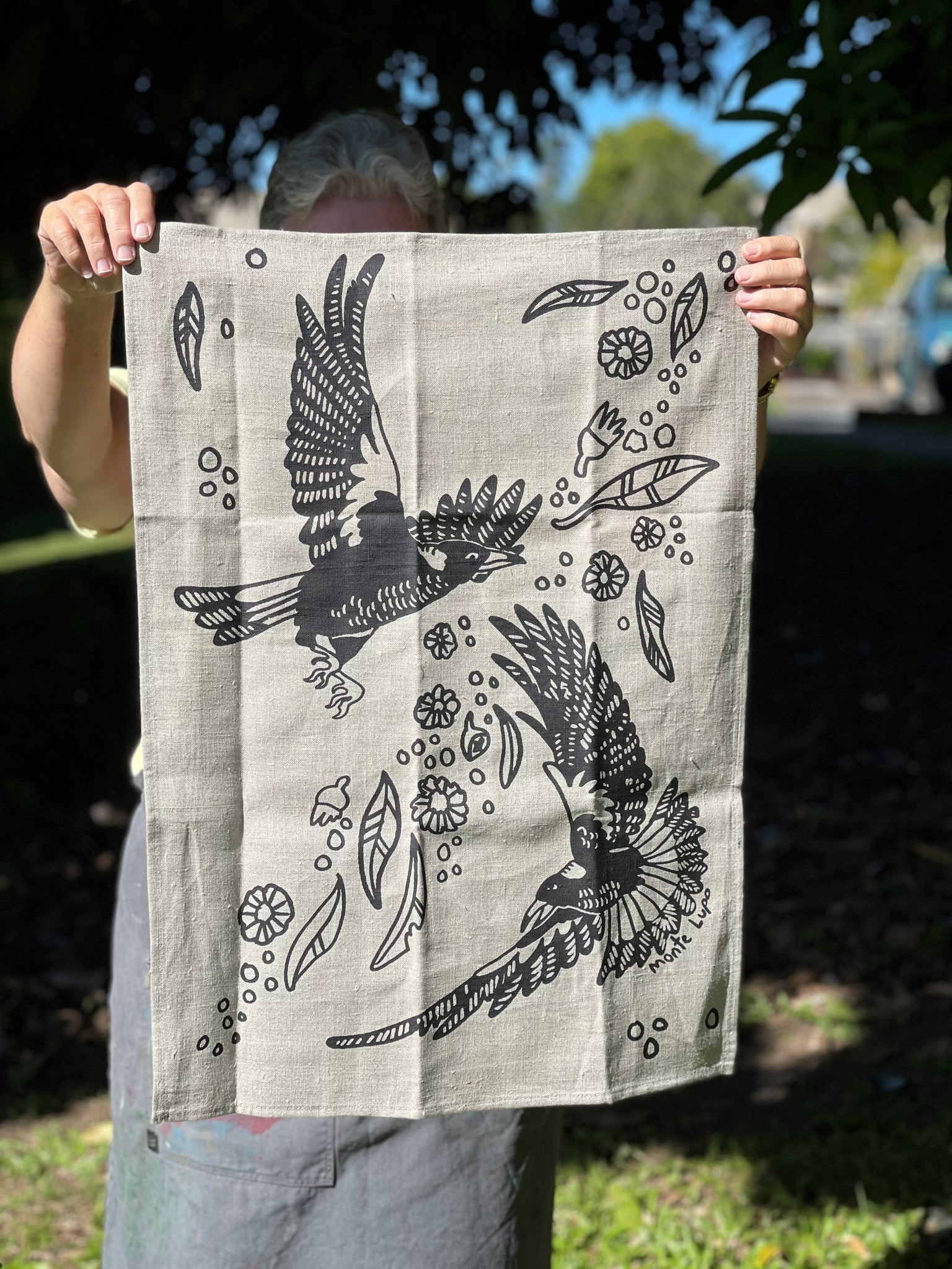 The Magpies Tea Towel - Raw Linen