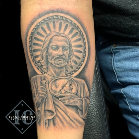 Saint Judas Tadeo Tattoo On The Forearm In Black And Gray Tatuaje Religioso De San Judas Tadeo En El Antebrazo Con Tinta Negra Y Gris