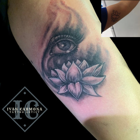 Lotus Rework Tattoo In Black And Gray With An Eye On The Arm Retrabajo Del Tatuaje De Un Loto En Negro Y Gris Con Un Ojo En El Brazo <br>