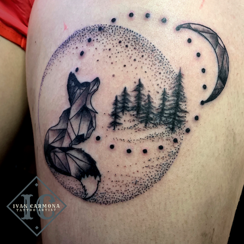 Fox Moon Black And Gray Geometric Dot Work Thigh Tattoo With Trees Zorro Y Luna Negro Y Gris Trabajo De Punto Geométrico Del Tatuaje Con Árboles