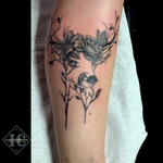 Floral Deer Silhouette Mother Nature Tattoo In Black And Gray On The Leg <div>Tatuaje Silueta Floral De Un Venado En La Pierna Con Tinta Negra Y Gris <br> </div> <div><br></div>