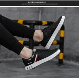 Men Shoes: Mikarause White Casual Shoes Men Leather Sneakers Male Comfort Sport Running Sneaker Man Tenis mocassin Fashion Breathable Shoes
