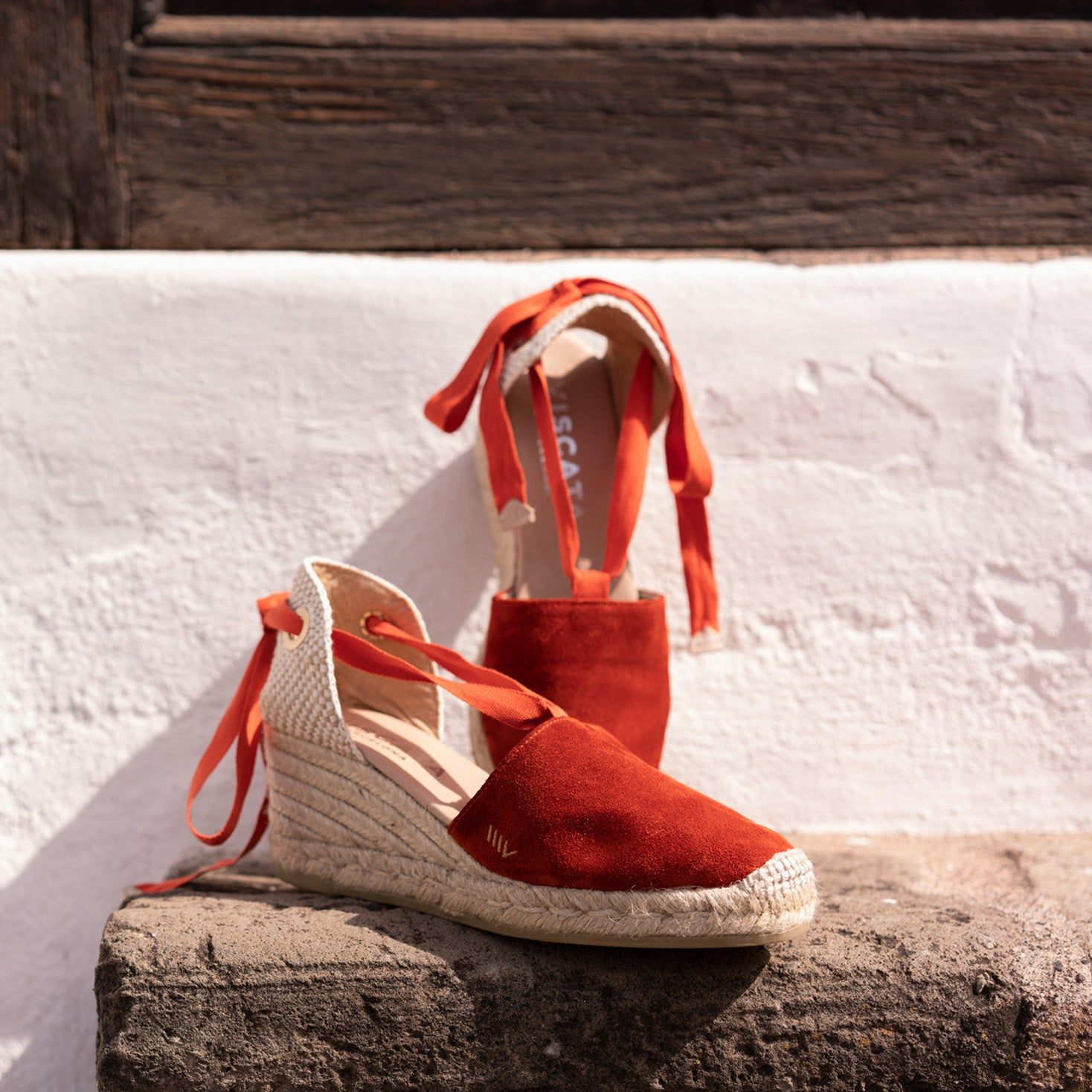 https://www.viscata.com/collections/all-products/products/fosca-suede-wedges-tangerine