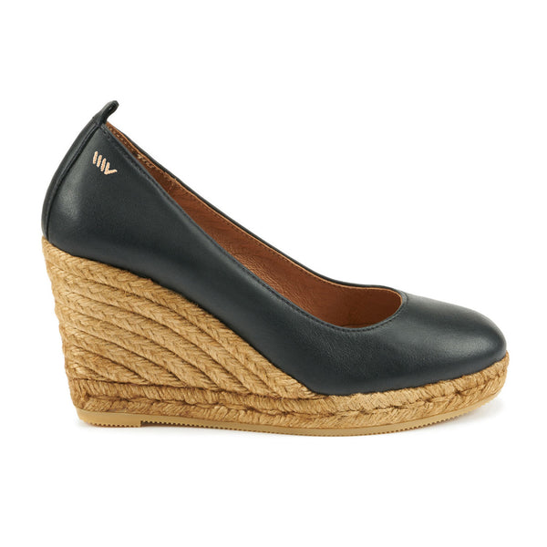 Marquesa Leather Wedge Pumps - Black