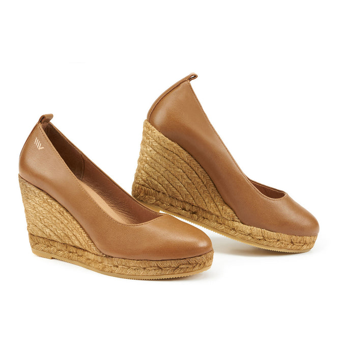 Buy Marquesa Leather Wedge Pumps - Sahara Brown online