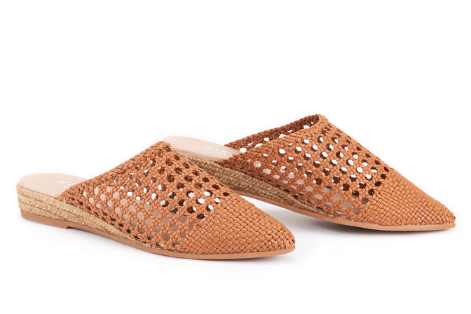 Buy Maset Raffia Slip-On Mules - Mocha online
