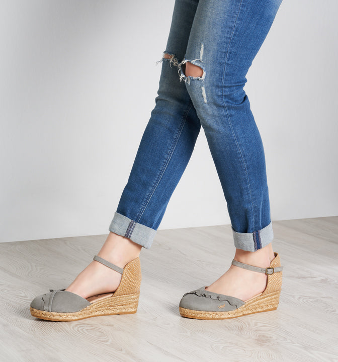 df7ee015fcd Vilassa Suede Espadrille Wedges with Frill - Ash Grey - VISCATA