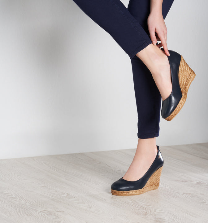 Buy Marquesa Leather Wedge Pumps - Navy online