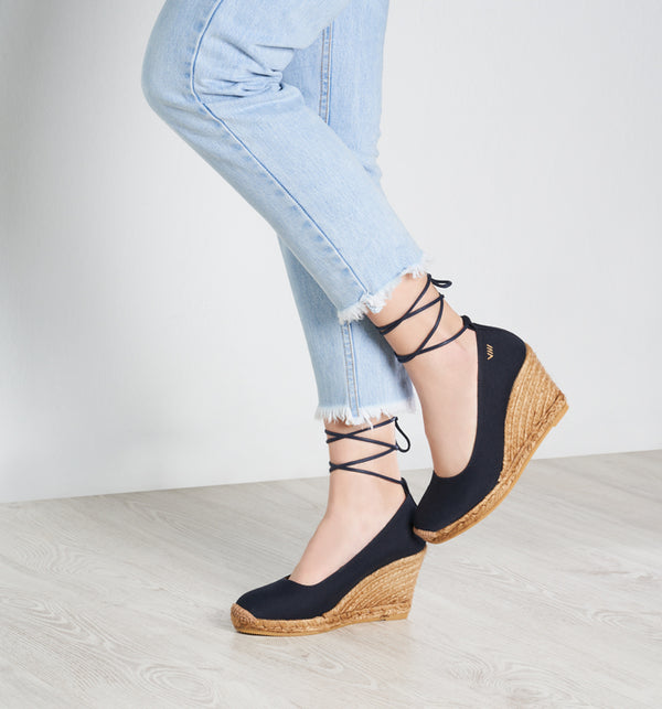 Romani Suede Lace-up Wedge Pumps - Navy - VISCATA meta-lifestyle