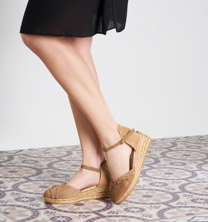 2fa6044e5bc Vilassa Suede Espadrille Wedges with Frill - Camel - VISCATA