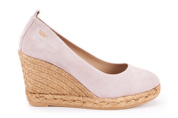 Marquesa Suede Wedge Pumps - Lilac - VISCATA