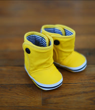 Load image into Gallery viewer, Baby Rain Booties