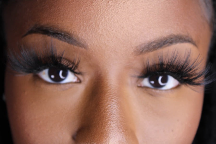 """CEO"" Luxury Lashes"