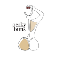 curvy woman with high scrunchie - logo for perky buns