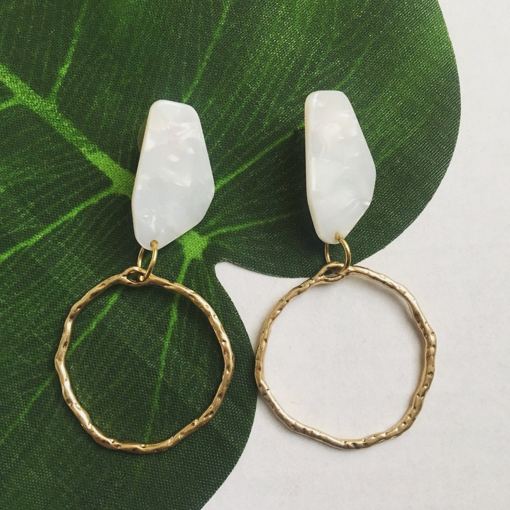The Eva Circle Earring