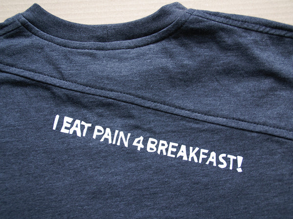 I eat pain 4 breakfast