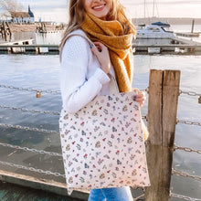 Load image into Gallery viewer, flower patterned shoulder bag