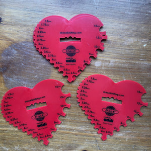 Heart-shaped Needle Gauge