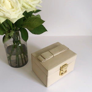Luxury Bow Jewellery Box With Mirror