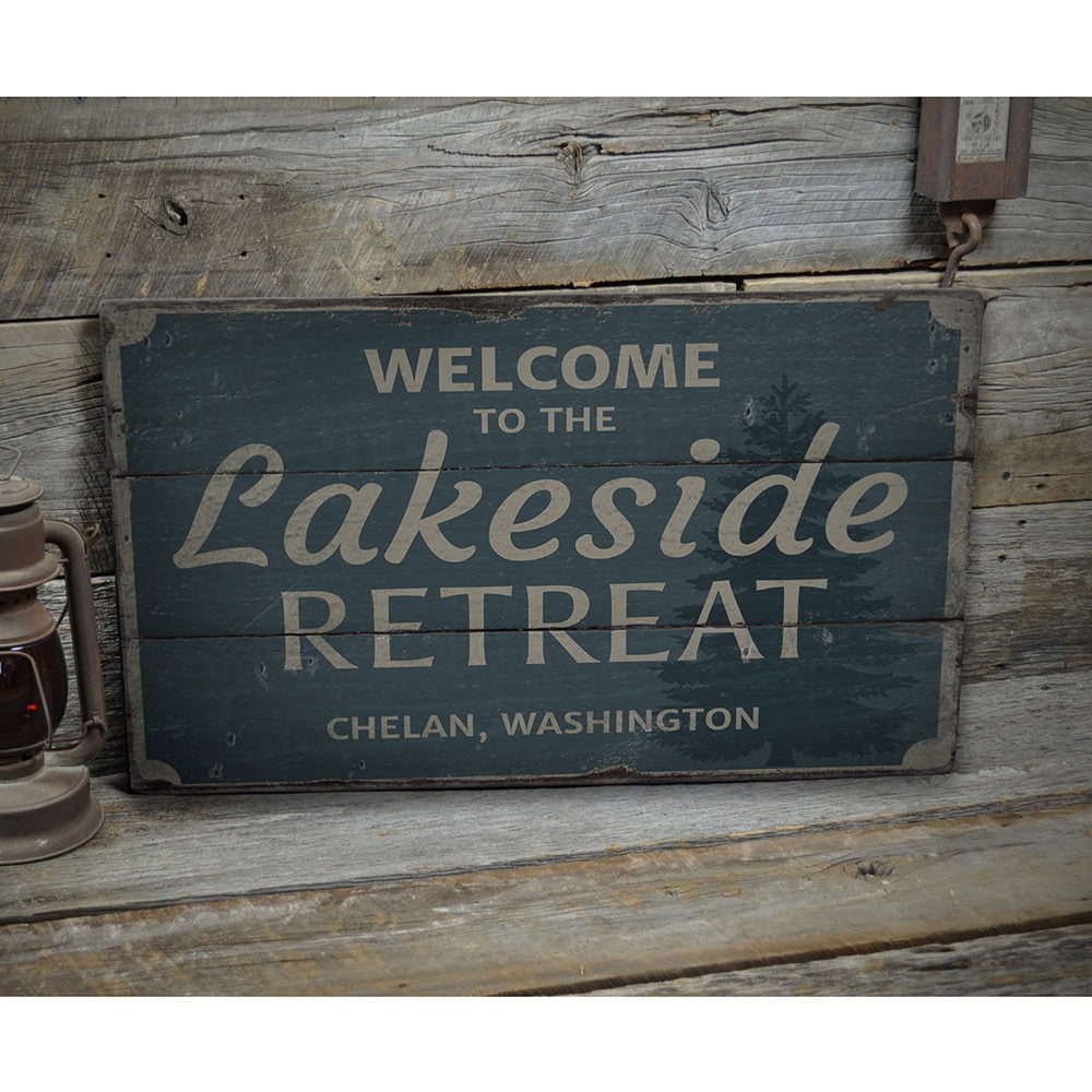 Welcome Lakeside Retreat Vintage Wood Sign