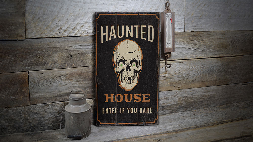 Haunted House Skull Rustic Wood Sign
