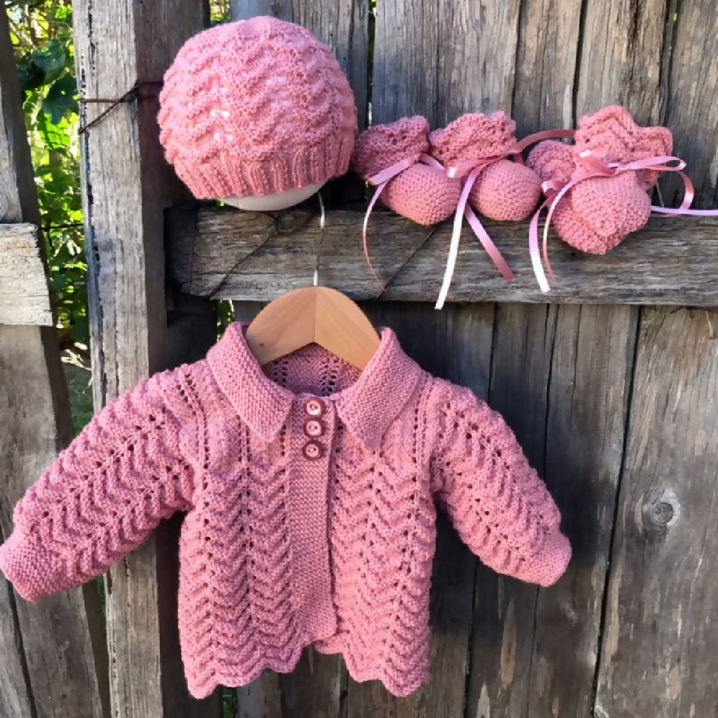NEWBORN 4pce Set Hand Knitted 100% WOOL