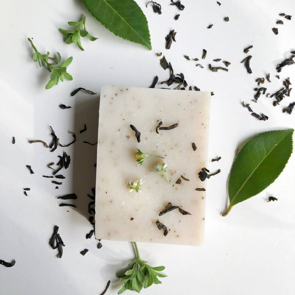 Neem Leaves Trio Soap Gift Box (Neem Botanic, Cranberry, Avocadao & Spearmint)