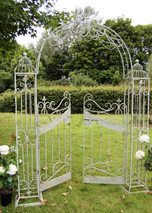 VINTAGE ARCH - With GATES - Cream