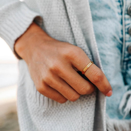 Delicate Stacked Rings