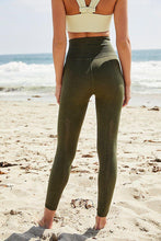 Load image into Gallery viewer, Good Karma Leggings - Secret Moss M/L - The Silver Dahlia