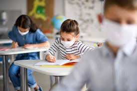 Government announces mandatory use of face masks in English schools