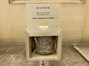 BORNN - SOY CANDLE - TEA TREE