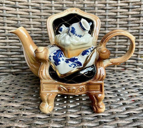 Cardew French Chair w/ Blue Willow China Teapot Royal Doulton
