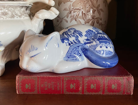 Blue & White Willow Chinoiserie Sleeping Kitty Cat Figurine
