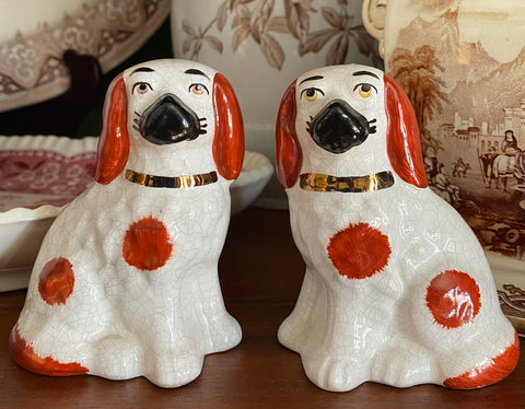 "Antique 4"" Rust Brown & Off White English Staffordshire King Cavalier Spaniel Dog Figurines"