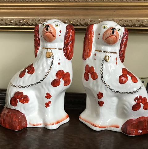 Medium Pair of Vintage Spotted Brown & White Gilt English Staffordshire Spaniel Dog Figurines  - English Country Decor