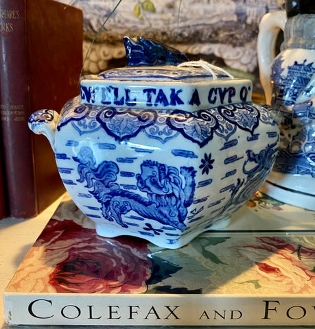 C 1880 Copeland Spode Foo Dog / Dragons Sugar Pot / Tea Caddy Burns Auld Lang Syne Blue Transferware