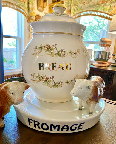HUGE English advertising BREAD Bin / Canister vines & berries